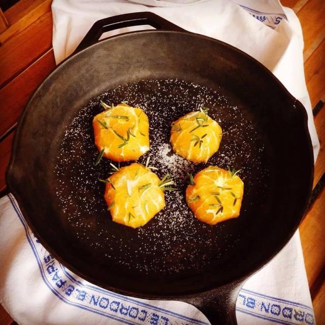 oranges in a pan